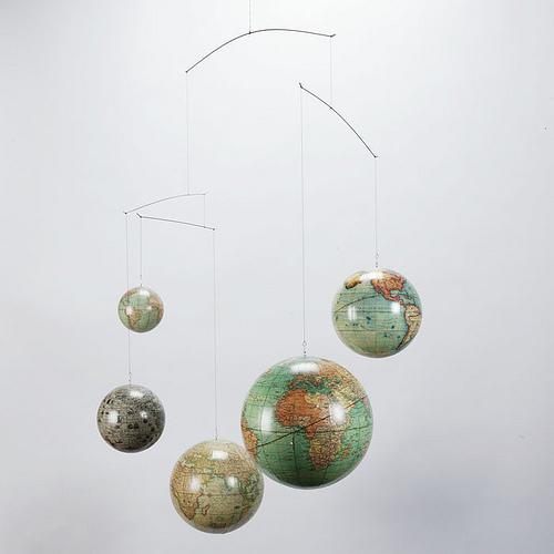 Globe mobile zgallerie